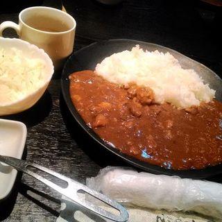 焼肉屋さんのビーフカレー(炭火酒菜 ニョッキ)