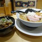 背脂醤油らー麺セット