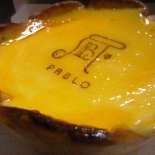 焼きたてチーズタルト(焼きたてチーズタルト専門店PABLO 心斎橋店 (パブロ))