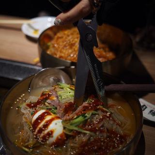 冷麺(焼肉 肉縁)