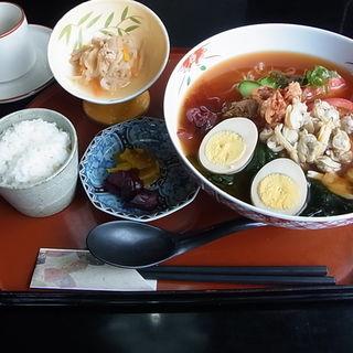 あさり冷麺(煉瓦亭 (れんがてい))