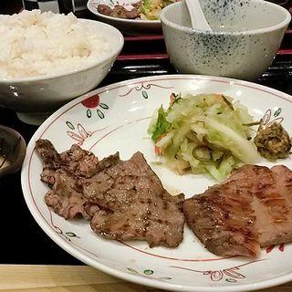 サービス牛たん定食(牛たん焼き 仙台 辺見 キャナルシティ博多店)