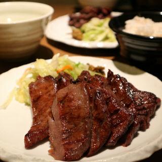 1.5人前定食(牛たん若 泉店)