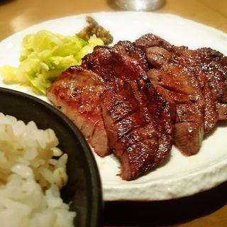 牛タン1,5人前(牛たん若 泉店)