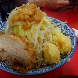 小ラーメン(ニンニクマシマシ、ヤサイ、アブラ)+魚粉(田田 )