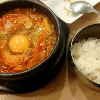 もやしの純豆腐(白さんの純豆腐 (ペクサンノスンドゥブ))