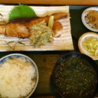 魚焼定食(磯料理竹波)