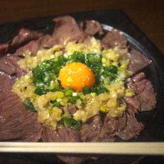 黒毛和牛のネギ塩ユッケ(神戸びいどろ 浜松町店 )