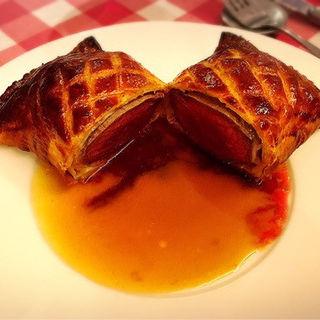 和牛フィレ肉のパイ包み焼き~大人の贅沢(神楽坂ワイン食堂 ビストロ Entraide (アントレイド))