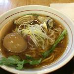 魚介醤油ラーメン 牡蠣