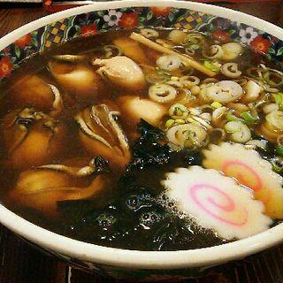 牡蠣ラーメン醤油味