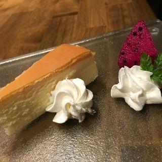 チーズケーキ(米と葡萄)