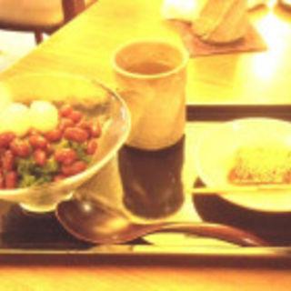 宇治抹茶氷(紫野和久傳 堺町店 (むらさきのわくでん))