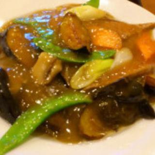 レバと旬野菜炒め(美山飯店)
