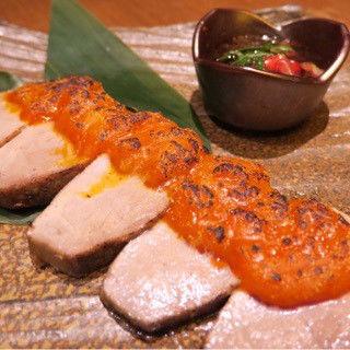 鮪の炙りうにステーキ(美食 米門 品川店)
