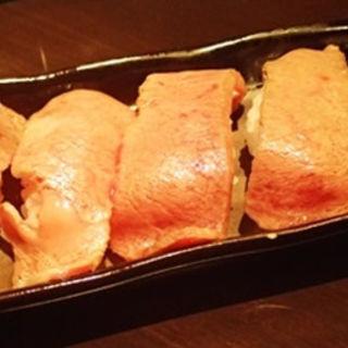 炙り肉寿司(肉ばんざい )