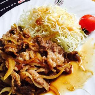 牛焼肉定食(肉進月歩 (にっしんげっぽ))