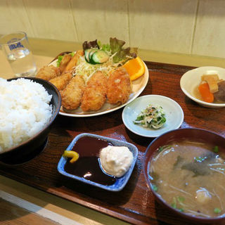 カキフライ定食(ご飯大盛り)(與五郎 (よごろう))