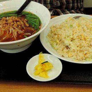 ラーメンセット(醤油ラーメン+炒飯)(興福順 半原店 )