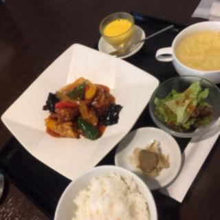 酢豚定食(舞鶴麺飯店)