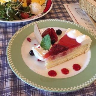 ケーキセット(花薄荷 (はなはっか))
