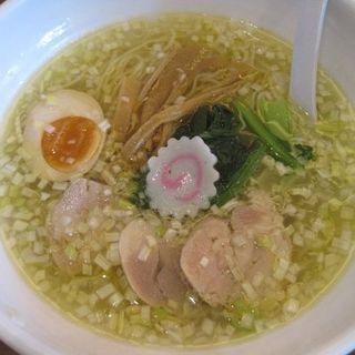 青森シャモロック塩鶏中華(ふくのとり )