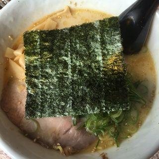 とんこつラーメン(菊乃屋 青山店 )