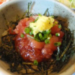 マグロぶつ丼(菜の花亭 )
