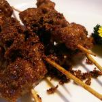 ラムの串焼き(辛さ2)(西安刀削麺&小皿酒場)