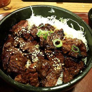 ハラミ丼肉増増(西宮ビーフ )