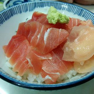 ミニ鉄火丼+ラーメン・うどん・そば(角常食堂 中央市場店 )