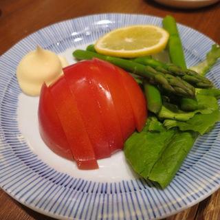 トマトアスパラ盛(謙徳蕎麦家 ピアタ本店 (けんとくそばや))