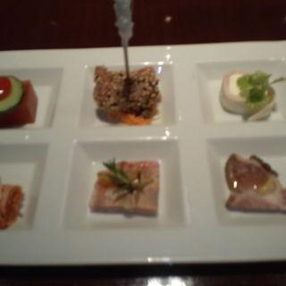 前菜盛り合わせ(豚肉創作料理 やまと横浜ランドマーク店 )