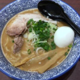 ラーメン(豚骨一燈 沖縄あしびなー店 (TONKOTSU ITTOU))
