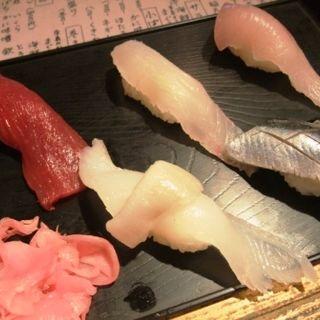 生ビールと寿司 5 貫セット(豪快 立ち寿司 日本橋店 )