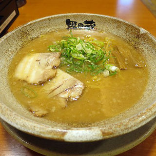 高槻家らーめん(豚骨醤油味)(越後秘蔵麺 無尽蔵 高槻家 )