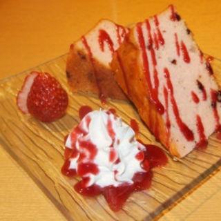 熟成パンウンドケーキと旬の果物(越後酒房八海山 神楽坂店 )