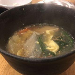 具だくさんのスープ(近江牛肉店)