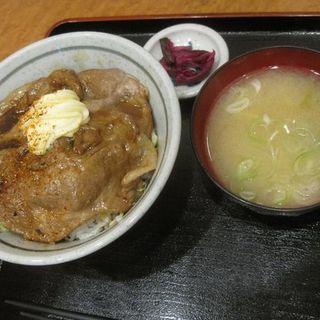 焼肉丼(遊のそば)