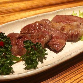 長期熟成肉赤毛和牛炙り焼き(高瀬川 くりお )