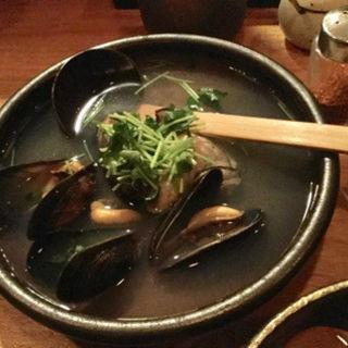 ムール貝と牡蠣のおでん(那古野サルーン )