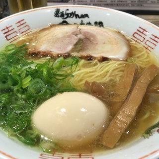 金醤油ラーメン(金久右衛門 道頓堀店 (キングエモン))