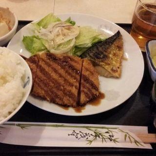 日替り定食(ハムカツ&さば塩焼)(鈴 )
