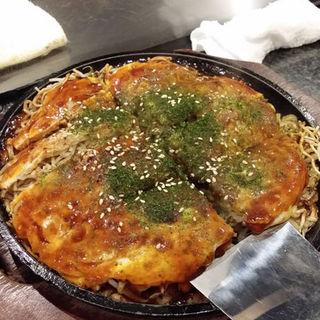 お好み焼き(肉・玉・そば)+イカ天トッピング(チカト (Chikato))