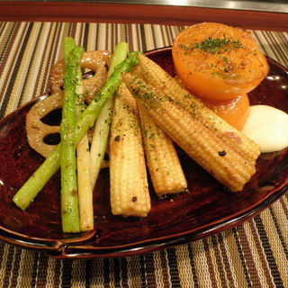 焼き野菜、四品焼(鉄板dining 菜菜 )
