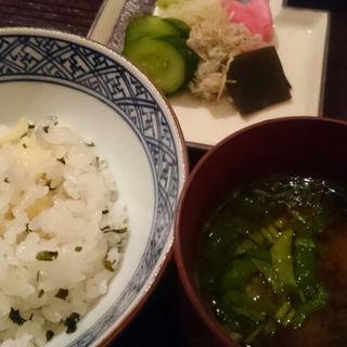 筍とワカメの炊き込みご飯(銀座 志 (ココロ))