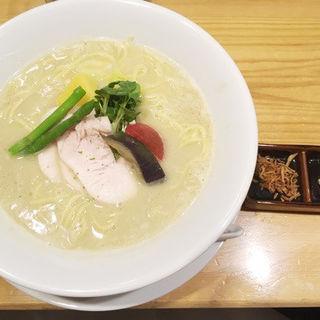 鶏白湯の濃厚スープ(銀座 篝)