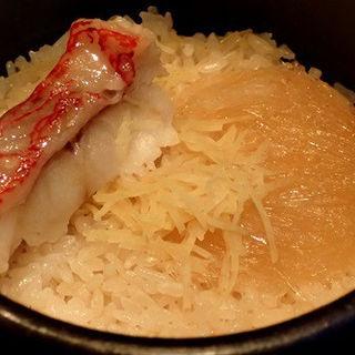 日本海 キンキとフカヒレ土鍋御飯(銀波 新宿東口店 (GINPA))