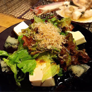 子持昆布と豆腐のサラダ (銭函バーベキュー 銀座店)