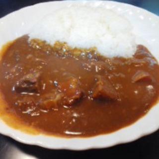 肉大盛カレー(鎌田 (かまた))